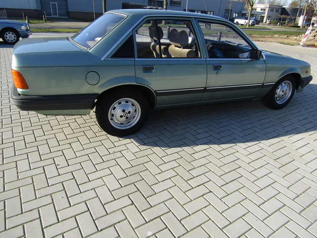 Opel Rekord 2.0S AUTOMATIC